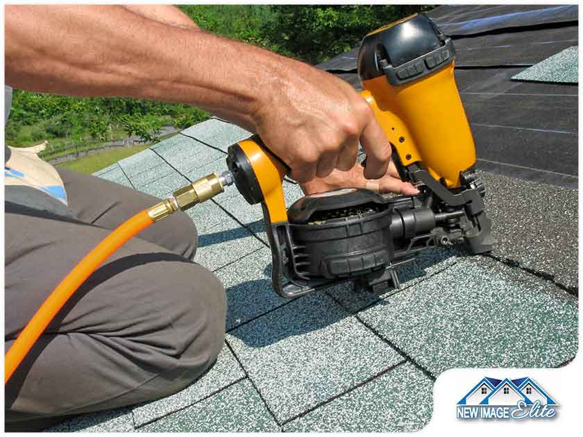 Steps to Take When Dealing With a Roofing Emergency